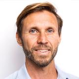 Dr Luke van Twest